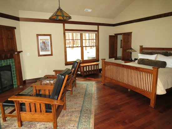Five Pine Lodge & Spa: Main area