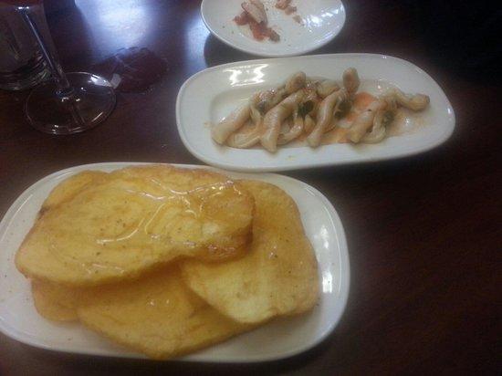 Quimet & Quimet: Patatas and navajas