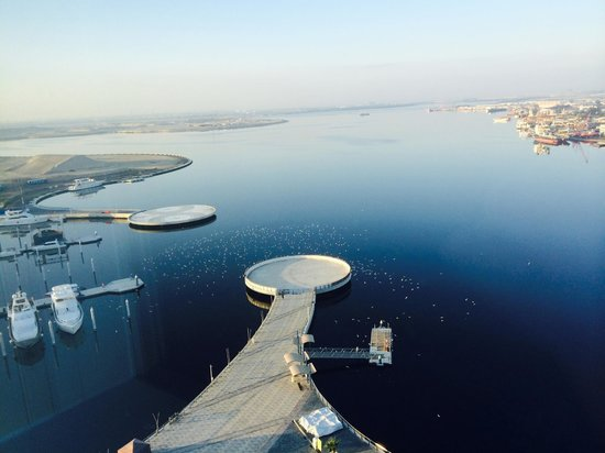 InterContinental Dubai Festival City: Helicopters Heliport next to the hotel