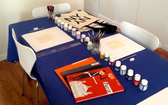 Bag Painting Workshops in Paris