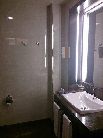 Hotel Macia Real de la Alhambra: Baño