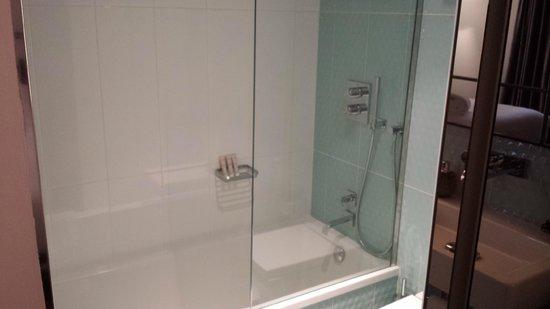 Posada del Leon de Oro : Bathroom