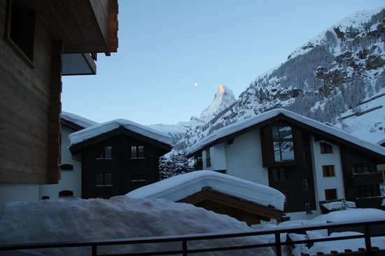 Fleurs de Zermatt : View from the balcony clear sky