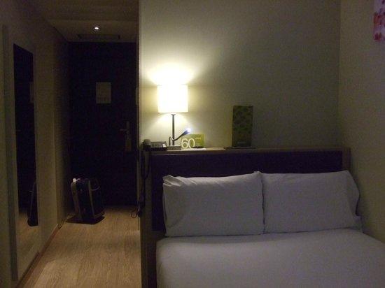 Hotel Exe Moncloa: Cama