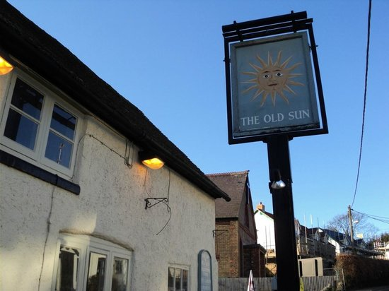 The Old Sun Harlington: Old Sun, Harlington, sign