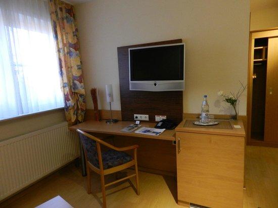 Apartments & Hotel Kurpfalzhof : Gut Ausgestattete Zimmer