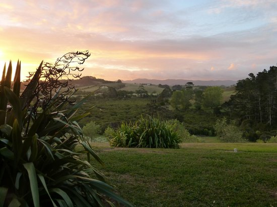 Riverside Matakana: Sunset View from Patio