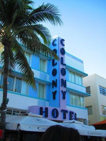 The Colony Hotel: Art Deco Hotel - great location