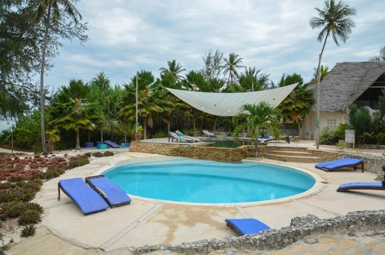 Matemwe Beach Village: pool