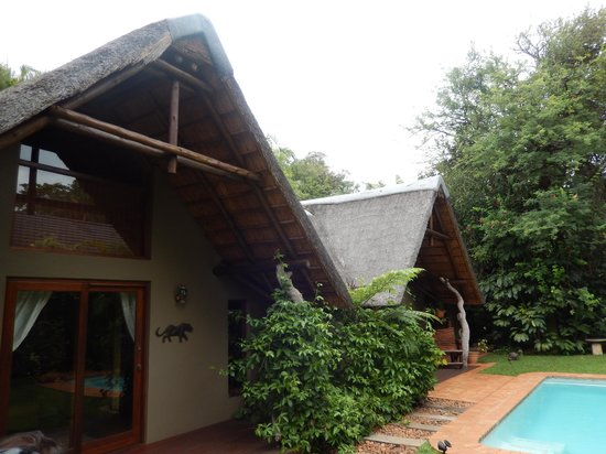 Mhlati Guest Cottages: Cottages... all well crafted