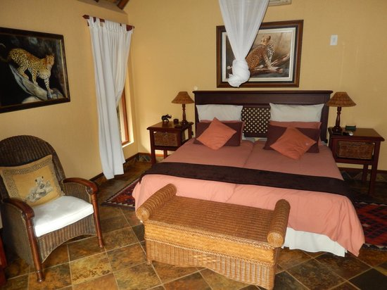 Mhlati Guest Cottages: The room... Just perfect!!