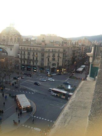 Lullaby Rambla Catalunya : 4F rooftop terrace overlooking La Rambla towards North