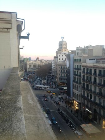 Lullaby Rambla Catalunya: 4F rooftop terrace overlooking La Rambla towards South