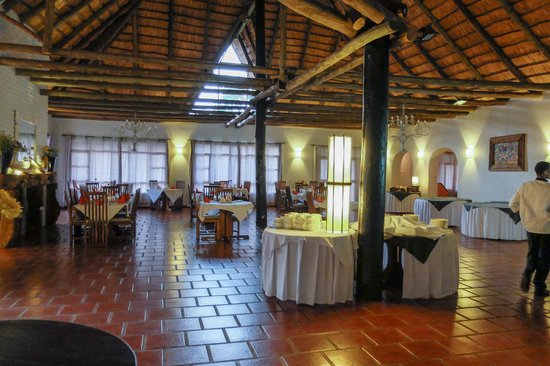 Ngorongoro Farm House, Tanganyika Wilderness Camps: dining area