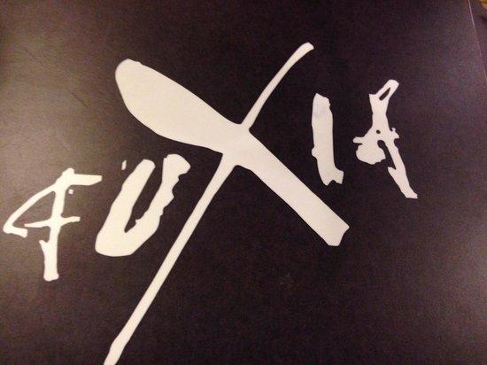 Fuxia : Enseigne