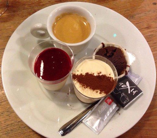 Fuxia : Cafe gourmand  Très bon !