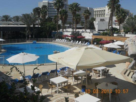 Americana Hotel : Вид с балкона