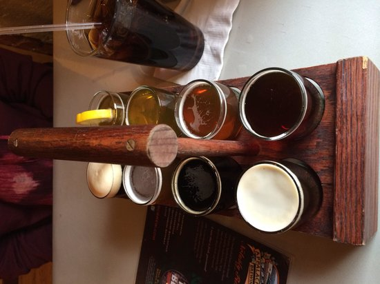 Appalachian Brewing Company : Flight of beer