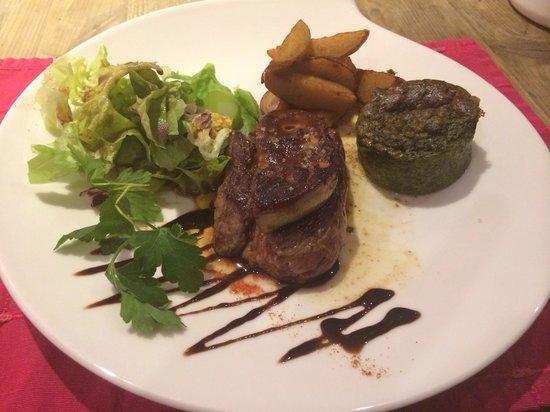 Hotel Chalet Printemps de Juliette: Fois gras poêle bœuf