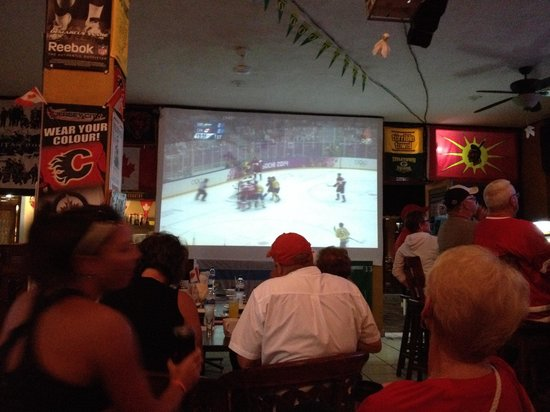 The General's Sports Bar & Restaurant: 6am gold medal game on the projector