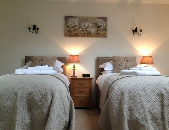 The Old Bakery Bed and Breakfast: Twin beds available
