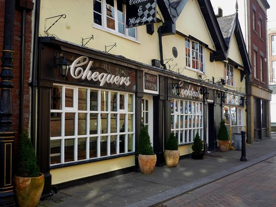 Chequers Wine Bar
