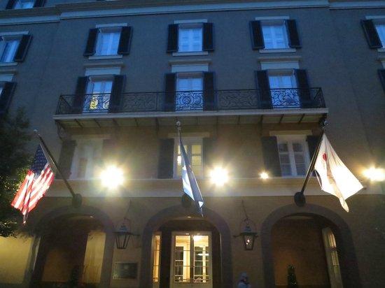 Hotel Mazarin: Front of Hotel