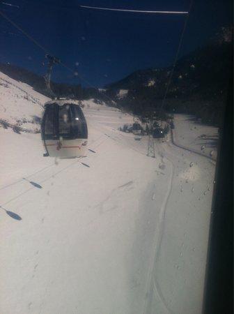 Hotel Amaten: Lift back from alta badia