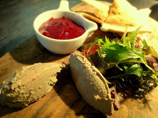 McGettigans Cookhouse & Bar: Homemade Chicken Liver Pate