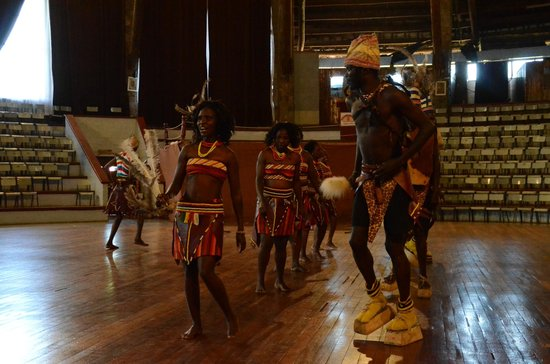 Bomas of Kenya : Dance