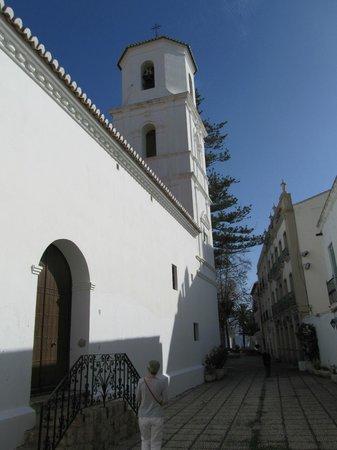 Iglesia del Salvador: vanaf de zijkant