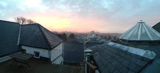 Plas Hyfryd Country Hotel : Room 6 Roof Terrace View of Sunrise