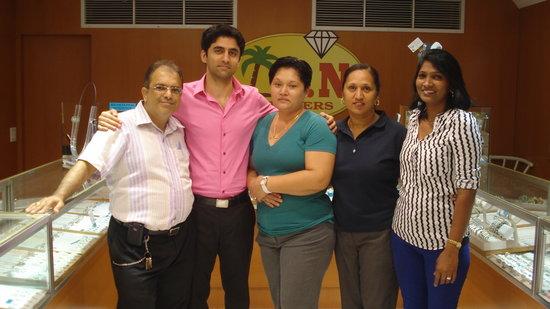 G.N. Jewelers: Rajesh, Susheel, Dianne, Ritu and Helen
