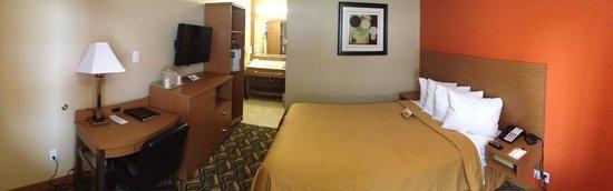 Days Inn & Suites by Wyndham Arlington Near Six Flags: NQ