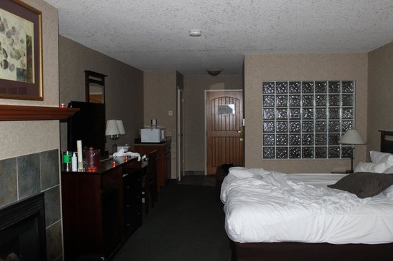 High Country Inn: Spacious room!