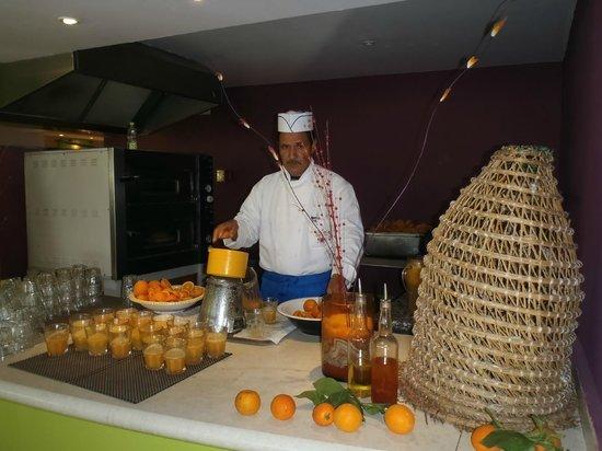 Club Med Djerba la Douce : Jus d'orange frais à volonté