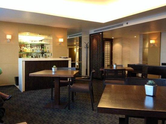 Hyatt Regency Mexico City: Club Level Bar Area