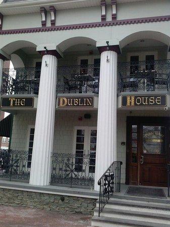 Dublin House Pub & Restaurant