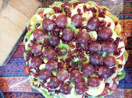 Ayasofya Kebab House: Fruit Platter