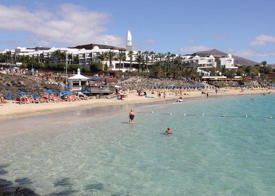 Princesa Yaiza Suite Hotel Resort: View of Princesa Yaiza and Playa Dorada