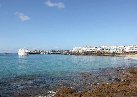 Princesa Yaiza Suite Hotel Resort: Looking towards the main harbour in Playa Blanca