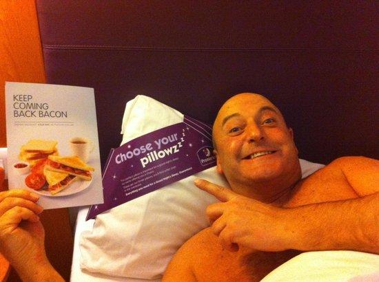Premier Inn Welwyn Garden City Hotel: Full cooked please��