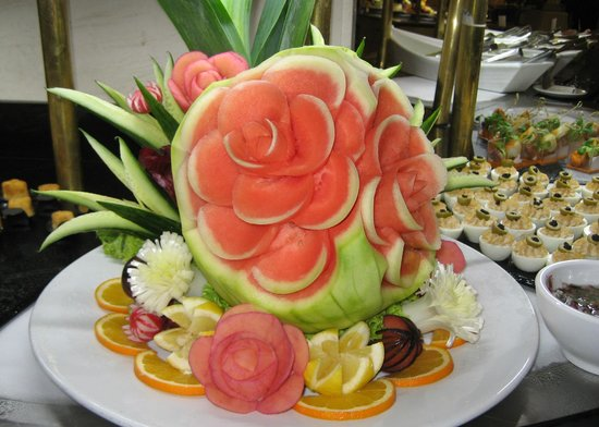 Princesa Yaiza Suite Hotel Resort: Decoration at the buffet