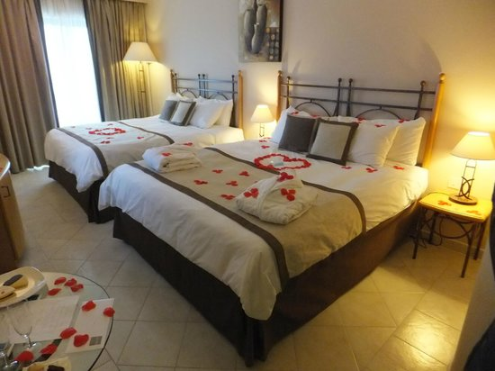 Marina Hotel Corinthia Beach Resort: Went the extra mile.