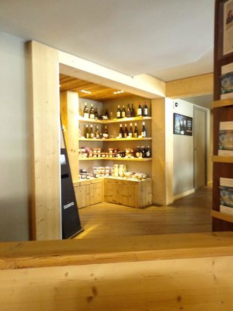 Mercure Chamonix Centre Hotel: LE COIN BOUTIQUE