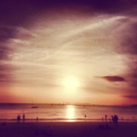 Railei Beach Club: Apéro time