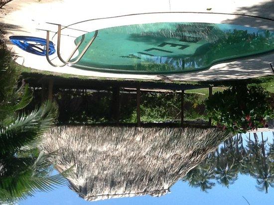 Hotel Mopelia: Swimming pool