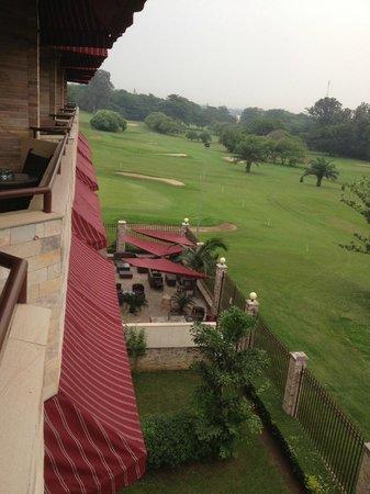 Roca Golf Hotel : Zicht vanaf balkon of de golfbaan
