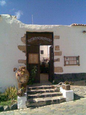 Casa Princess Arminda: The entrance to the restaurant