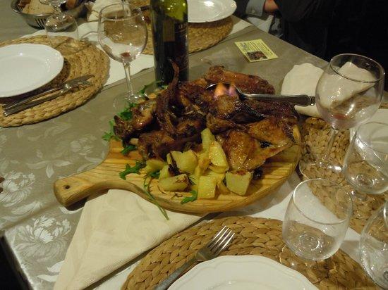Il Grottino : Tagliere di carne per secondo, pollo, qualglie, costine